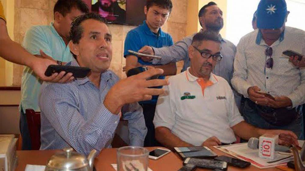 Exigen transportistas poner orden en el Aeropuerto de Cancún