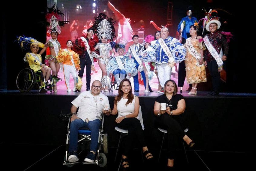 Carnaval de Cancún será por primera vez en Playa Langosta.