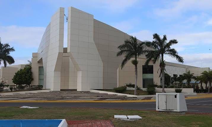 Entregarán en comodato Centros de Convenciones de Chetumal y Cozumel.