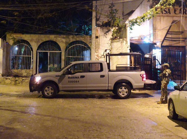 Fuerte movilización policiaca por detonaciones en Puerto Juárez.