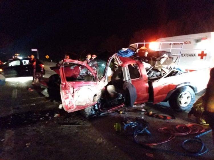Deja 20 lesionadas choque carretero en Tulum.