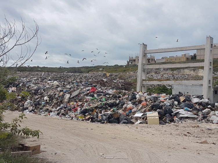 Sin resolver, problema de basura en Isla Mujeres.