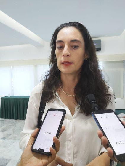 CCE busca opciones para reducir tarifas eléctricas en Quintana Roo; el año pasado tuvieron un alza del 30%, dio a conocer Inna Germán.