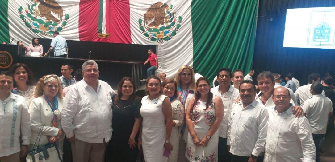 Reconoce el Congreso a los integrantes del Club Rotario de Quintana Roo.