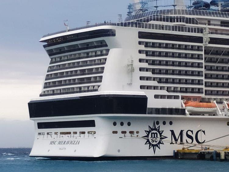 Inspecciona Sanidad Internacional crucero Meraviglia en Cozumel; busca descartar que tripulante enfermo padezca coronavirus.