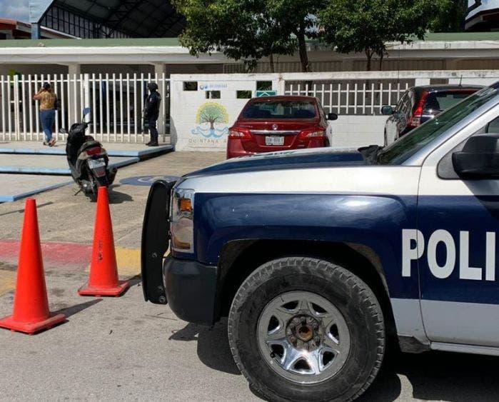 Alumno mete 18 balas a secundaria de Playa del Carmen