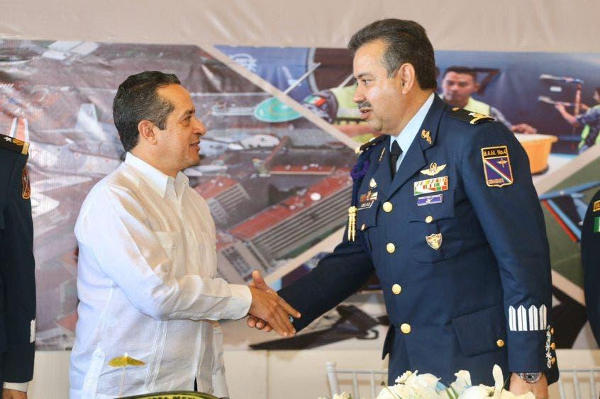 En nombre del pueblo quintanarroense, el mandatario reconoció el apoyo de las fuerzas armadas en la seguridad de la gente que vive en la entidad
