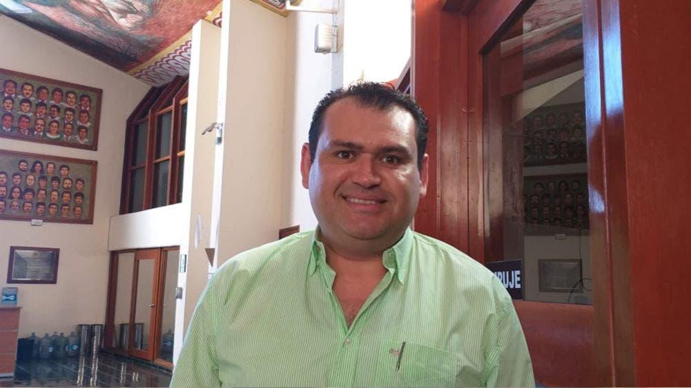 Exigen diputados transparencia al acalde Juan Carrillo Soberanis