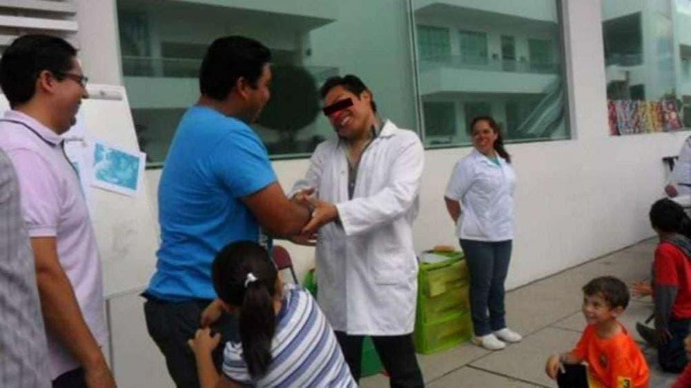 Asesinan en Puebla al 'doctor cosquillas'; atendía con risoterapia.