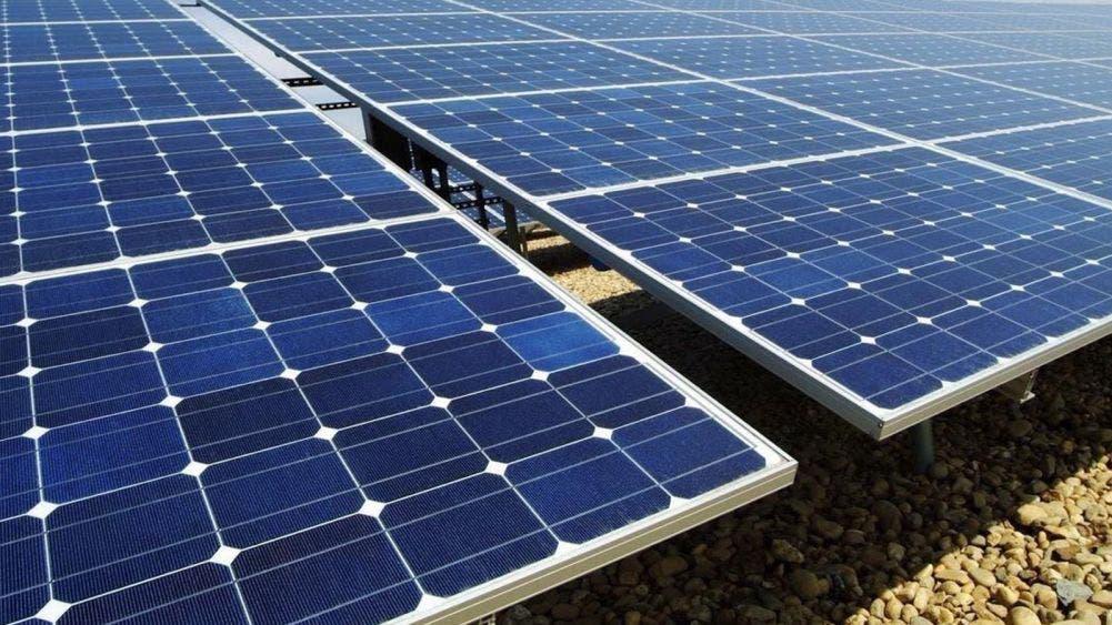 Empresarios usan energías alternativas para reducir sus costos