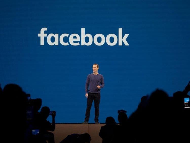 Cumple Facebook 16 años; es la más popular en México. A diario, miles de millones de personas son conectadas a través de la red social.