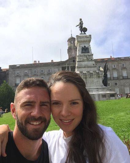 Miguel Layún y Ana Laura Galván.