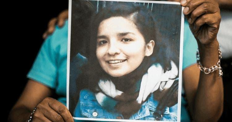 La desaparición de la activista y estudiante conmocionó al Perú, sus restos descuartizados fueron encontrados después de tres años y medio cuando su asesina confesó el crimen.