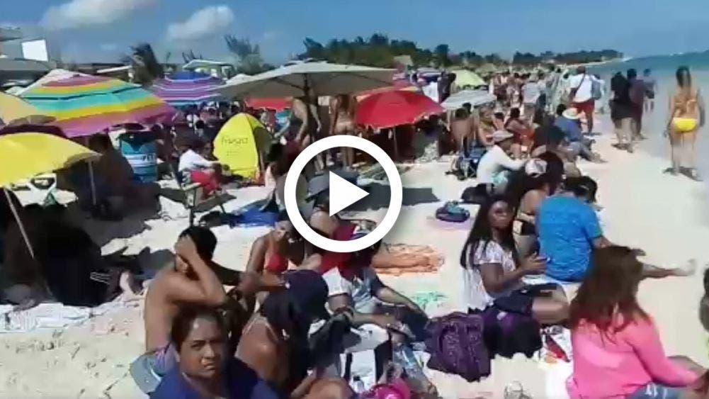 Llegan mas de mil ciudadanos a picnic masivo en Playa del Carmen