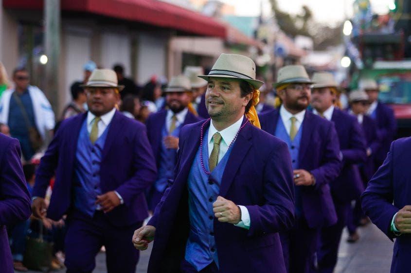 Agradece el Presidente Municipal la participación de los cozumeleños, al sumarse a las acciones que realiza el Ayuntamiento junto con el Gobierno del Estado, para preservar las costumbres y tradiciones de la isla