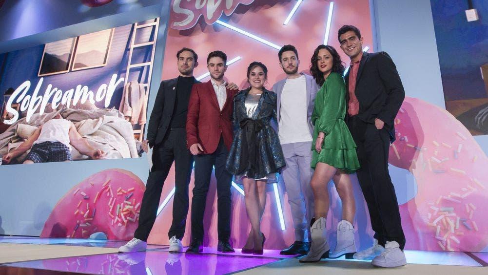Con nueva serie gay, Televisa competirá contra Netflix