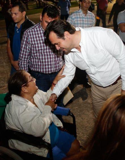 Vecinos y deportistas de diferentes colonias agradecen a Pedro Joaquín Delbouis por escuchar y atender las necesidades de la población