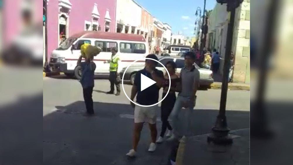 Taxistas de Valladolid bloquean calles del centro