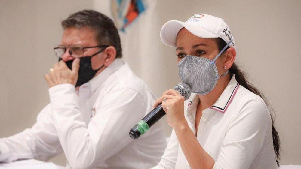 Establece Laura Fernández estrategias para la reactivación económica de Puerto Morelos