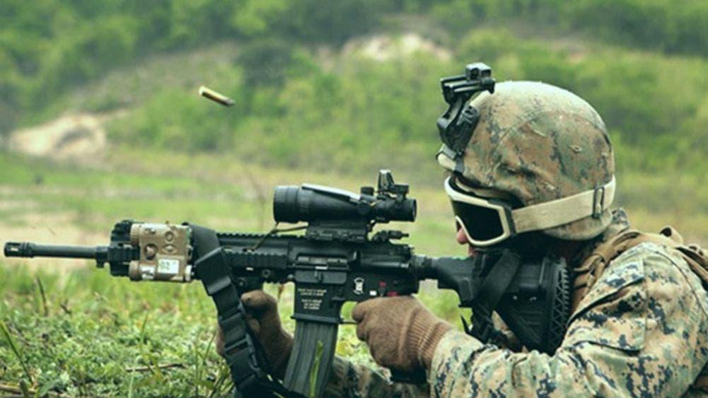 Militar mata a su esposa a pedrada y degolla a su hijo de 2 años
