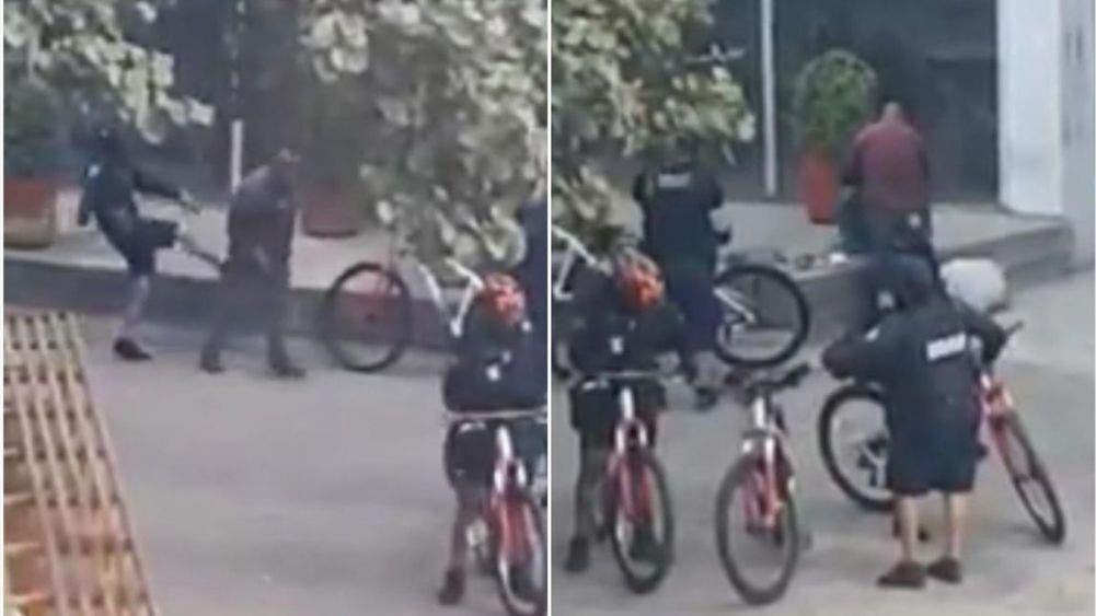 Policías golpean a un adulto en la calle