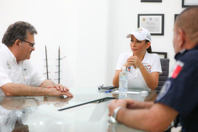 La alcaldesa Laura Fernández reconoce que los habitantes del municipio han actuado con responsabilidad, pero hay que duplicar esfuerzos