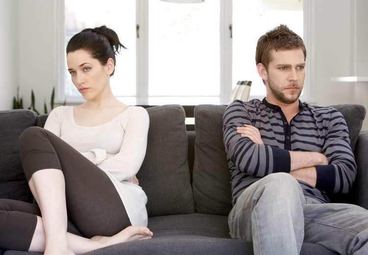 Razones por las que no debes terminar con tu pareja en esta cuarentena