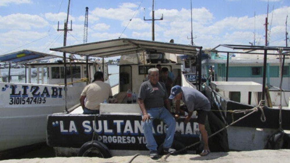 Muere pescador tras sumergirse a bucear en Progreso