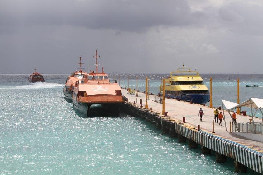 Alternarán sus operaciones las navieras en Playa del Carmen.