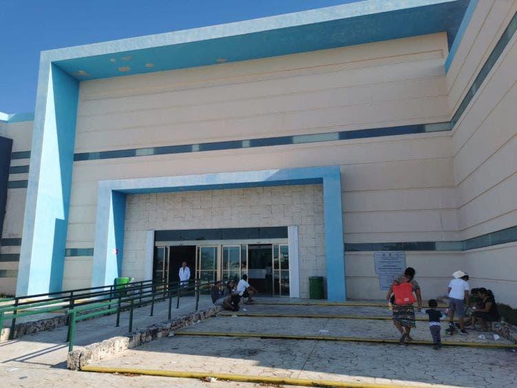 Hospital General de Cancún cancela consultas externas.