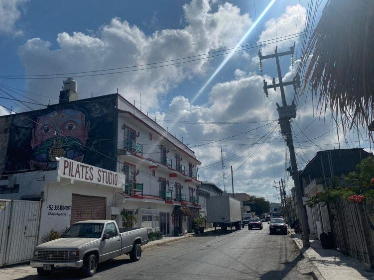 'Sobreviven' seis pequeños hoteles en el centro de Tulum.