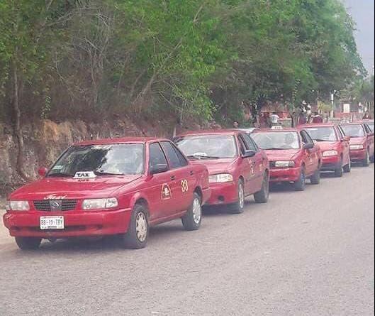 Taxistas de JMM suspenden completamente rutas por Covid-19.
