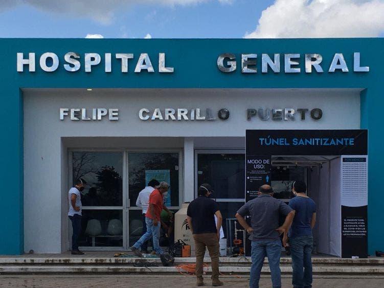 Empresarios donan túnel de sanitización al Hospital General de FCP.