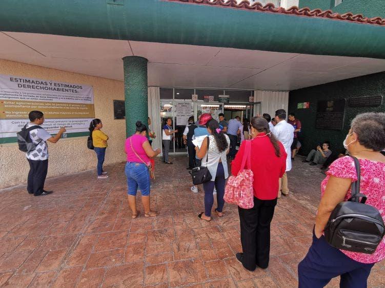 IMSS adelantará pago de pensiones de mayo.