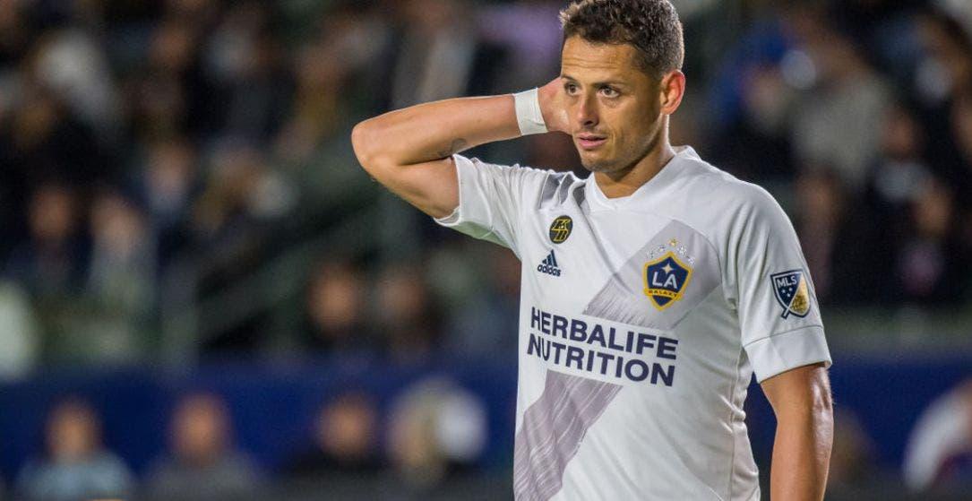Chicharito Hernández sin sueldo por covid-19