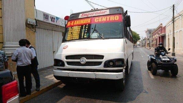 Camión de transporte público es detenido por no respetar medidas sanitarias