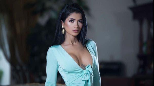 """Kimberly Flores muestra reacción de Edwin al verla sin ropa """"ni te peló"""""""