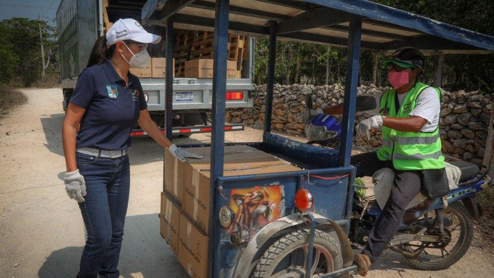 Con nuestra fuerza laboral recuperaremos la grandeza de Puerto Morelos: Laura Fernández