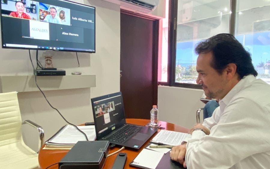 En conferencia virtual con la Revista Alcaldes de México, destaca el Presidente Municipal las acciones sanitarias y restrictivas de movilidad implementadas en la isla con el que se ha mantenido un número bajo de contagios de Covid-19