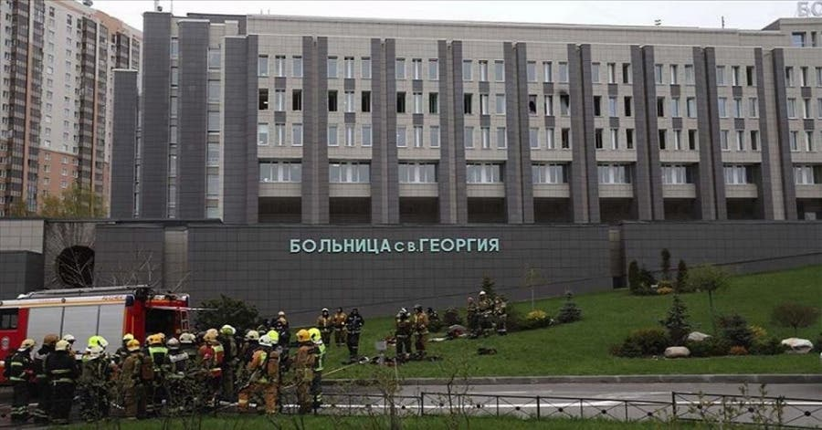 Tragedia dentro de la misma pandemia, cuando estalló un ventilador usado en pacientes enfermos de Covid en un hospital de Rusia.