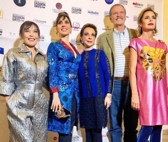 Desfiles de moda con ganancias millonarias para el expresidente y sus socios.