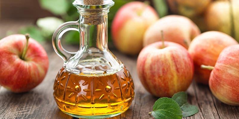 Beneficios del vinagre de manzana que te harán tenerlo siempre en casa