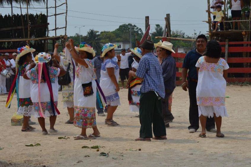 La adoración a la Santa Cruz no se hizo este año debido al coronavirus; en otros años la festividad se prolongaba hasta el día 9 de mayo.