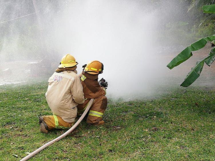 Endebles viviendas más vulnerables incendios por sequía.