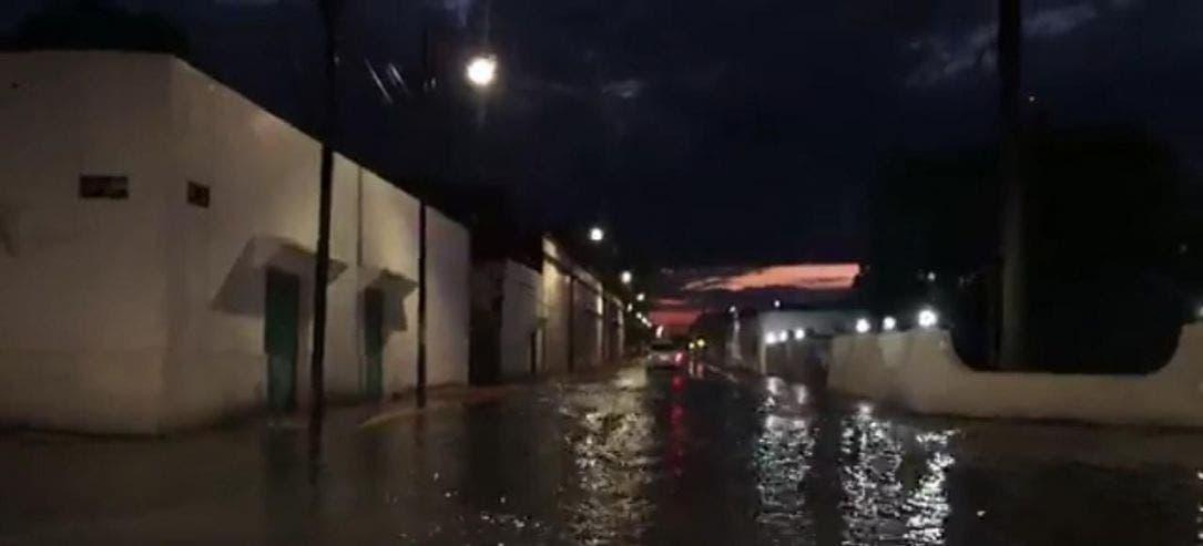 Problema recurrente encharcamiento de calles en Felipe Carrillo Puerto.