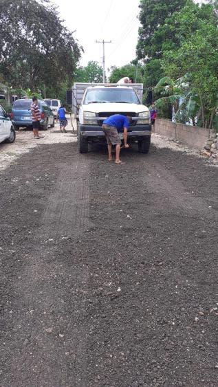 Reparan las calles vecinos de la alcaldía de Ignacio Zaragoza; se vuelven intransitables con la llegadas de las lluvias.