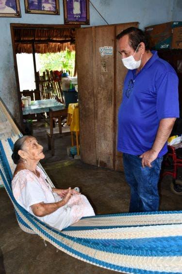 Entregan apoyo alimentario en comunidades de Lázaro Cárdenas; benefician a las familias de Nuevo X-Can, Ideal, Cedral y Cedralito.