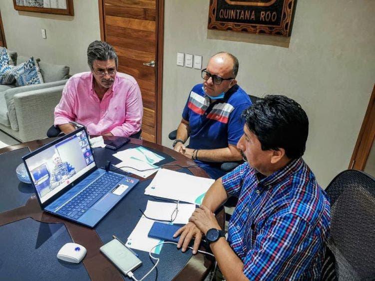 Trabajan en la atención del recale de sargazo en Tulum; sostienen autoridades reunión virtual con miembros del Comité Técnico.
