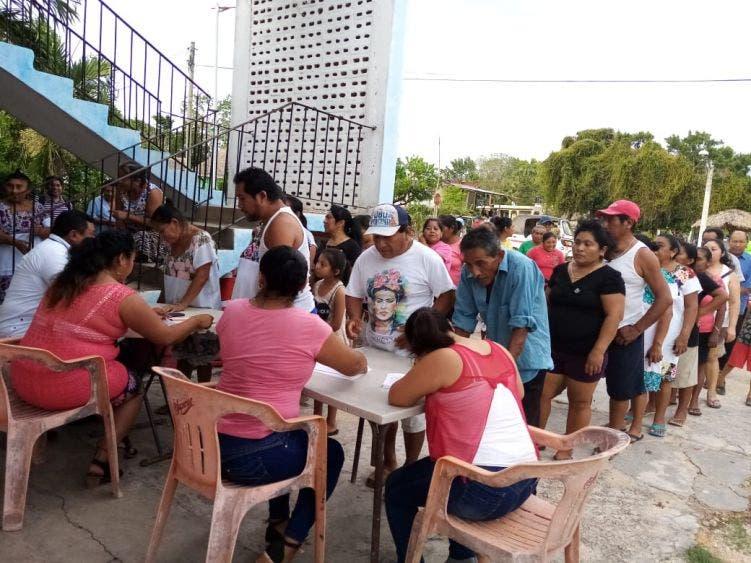 En la comunidad de Señor exigen cajeros de la CFE; es gasto mayor acudir a realizar dicho pago a la cabecera municipal en Felipe C. Puerto.