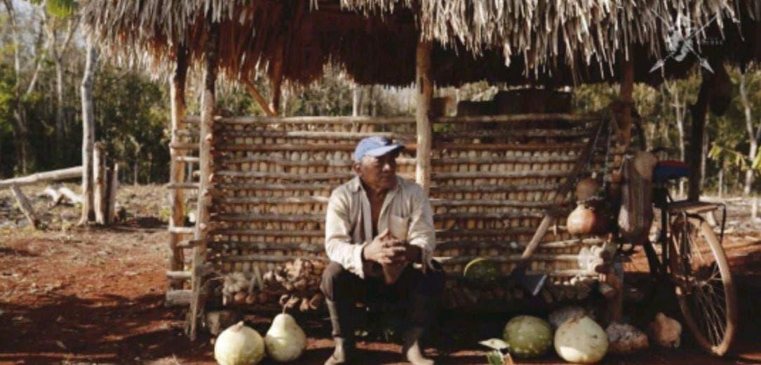 """Jóvenes de X-Yatil revitalizan su cultura maya; realiza Colectivo Guenda el documental """"U Tsikbail in Kajal"""" (Lo que mi pueblo cuenta)."""